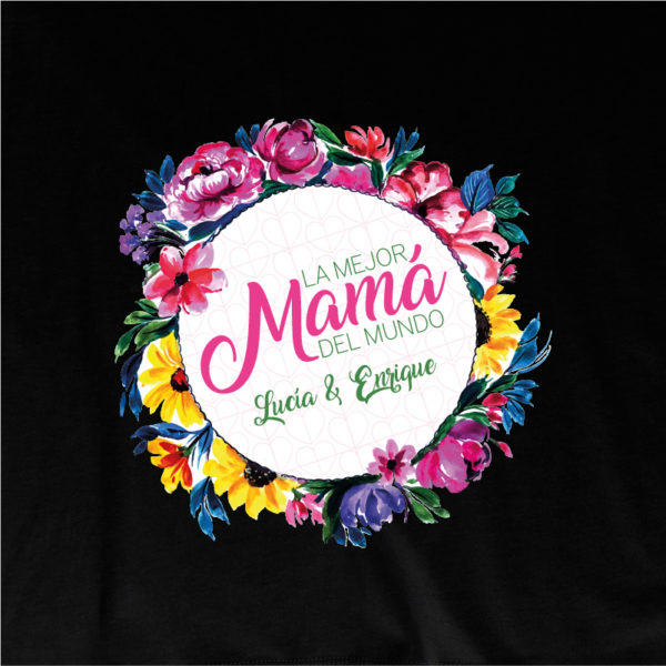 """Camiseta personalizada """"Flores para Mamá"""" dibujo - negra"""