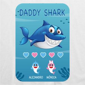 "Camiseta personalizada para papá ""Daddy Shark"""