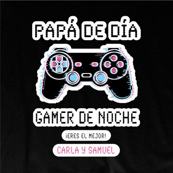 "Dibujo camiseta personalizada ""Papá Gamer mando negro"" - negra"