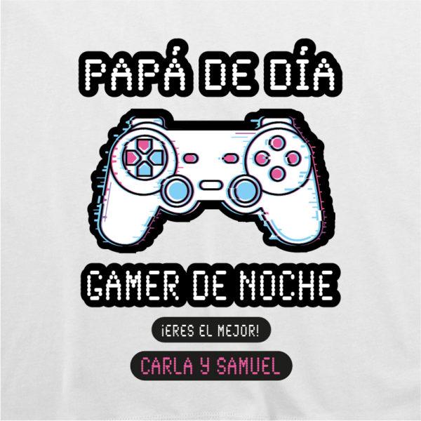 "Dibujo camiseta personalizada ""Papá Gamer mando blanco"" - blanca"