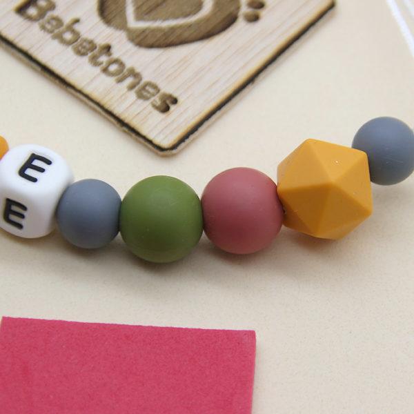 Chupetero personalizado Perlas de Otoño de cerca