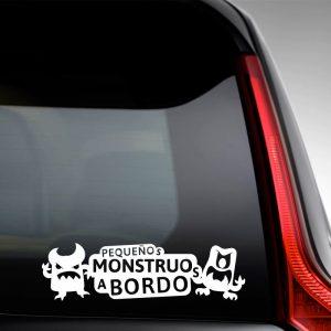 "Pegatina de Vinilo  Bebé a bordo – ""Pequeños Monstruitos"""