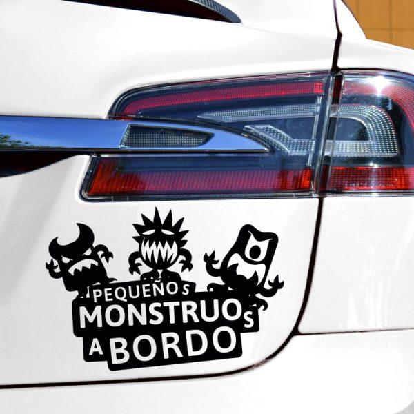 Pegatina Bebé a Bordo - Tres Monstruitos en coche vinilo negro