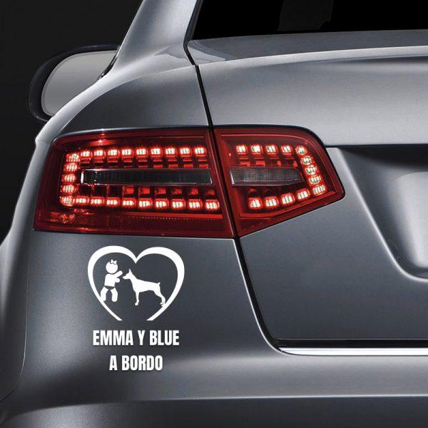 """Pegatina Bebé a Bordo Chica y Perro """"Blue"""" en coche"""