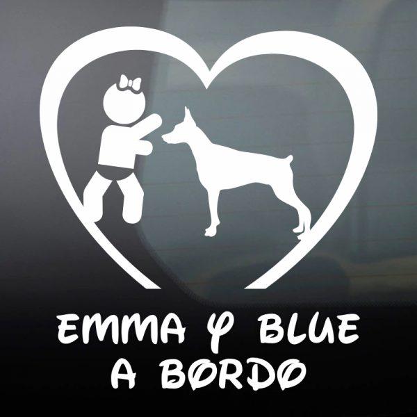 """Pegatina Bebé a Bordo Chica y Perro """"Blue"""" en blanco"""