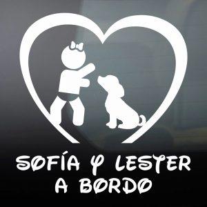 """Pegatina de Vinilo Bebé a Bordo Chica y Perro – """"Lester"""""""