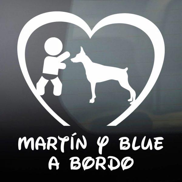 """Pegatina Bebé a Bordo Chico y Perro """"Blue"""" en blanco"""