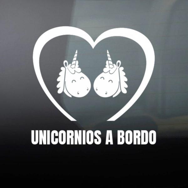 Pegatina Bebé a Bordo - Dos Unicornios en blanco