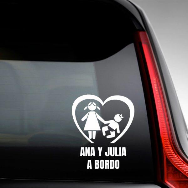 Pegatina Bebé a Bordo - Dos Hermanas en la luna trasera