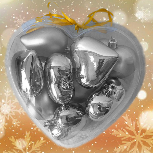 Caja con 9 corazones de plata