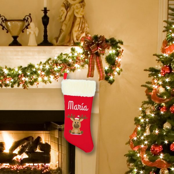 Calcetín de Navidad Rodolfo - personalizado con nombre colgado en chimenea
