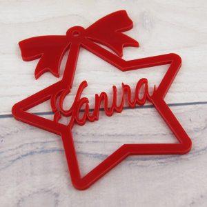 Estrella roja con nombre  para árbol de navidad de metacrilato 7.5x8cm