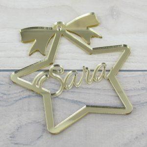 Estrella dorada navidad con nombre – metacrilato 7.5x8cm