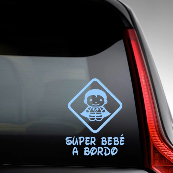 """Pegatina personalizada """"Bebé a bordo - Super Bebé"""" en la luna del coche"""